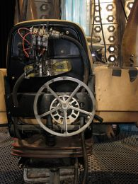 On the Tardis, Doctor Who set photos (part one)