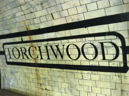 Torchwood set photos: the subway