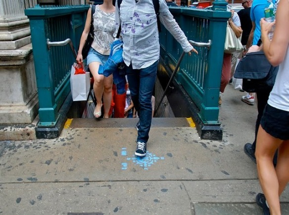 NYC sidewalk graffiti helps orient subway commuters